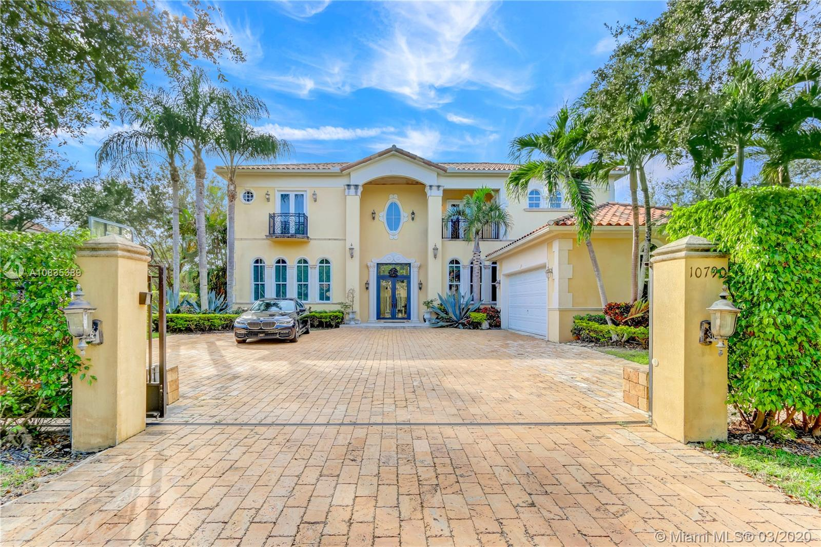 10790 SW 74th Ave  For Sale A10835389, FL