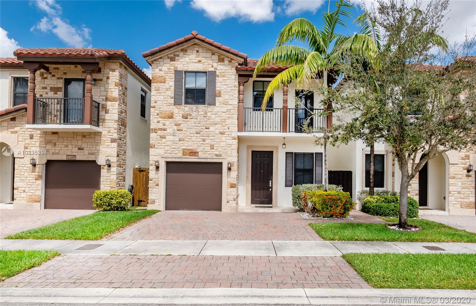 10343 NW 70th Ln  For Sale A10835394, FL