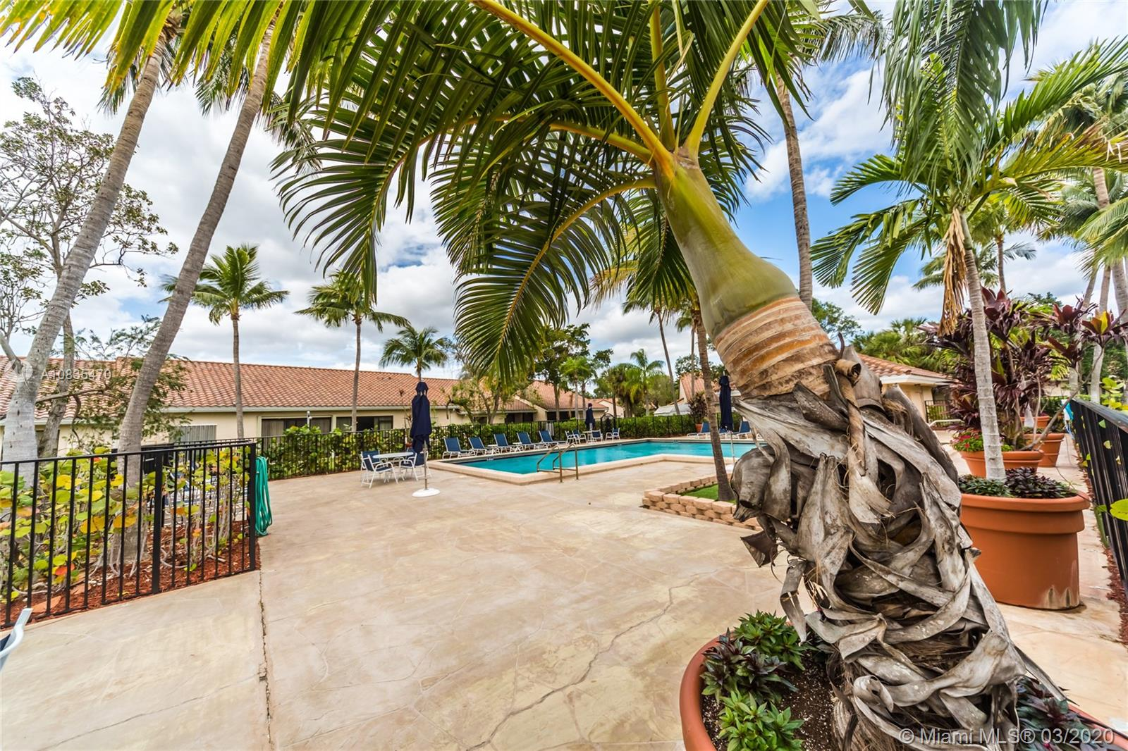 21212  Harbor Way #144-14 For Sale A10835470, FL