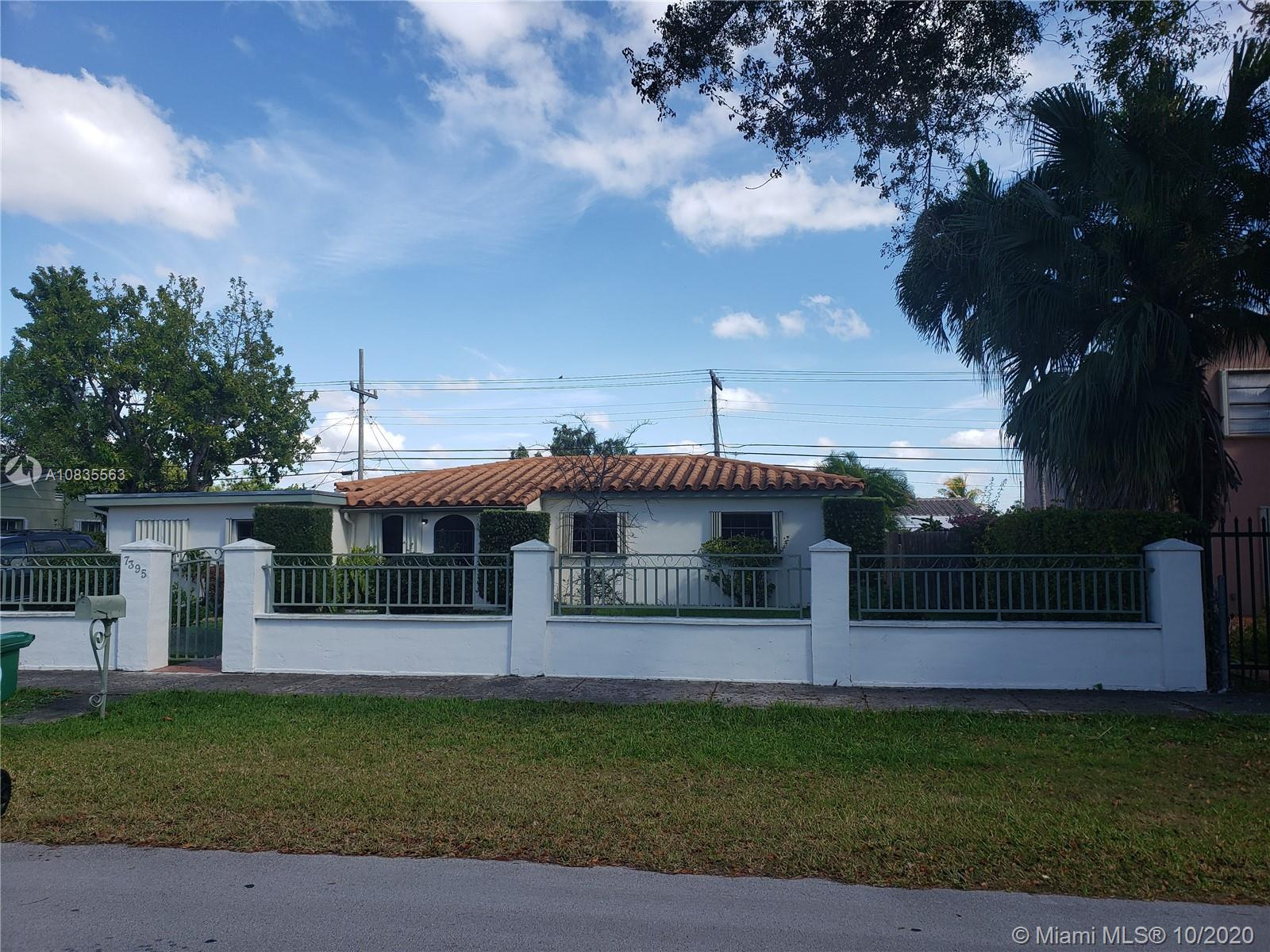 7395 SW 39th St  For Sale A10835563, FL