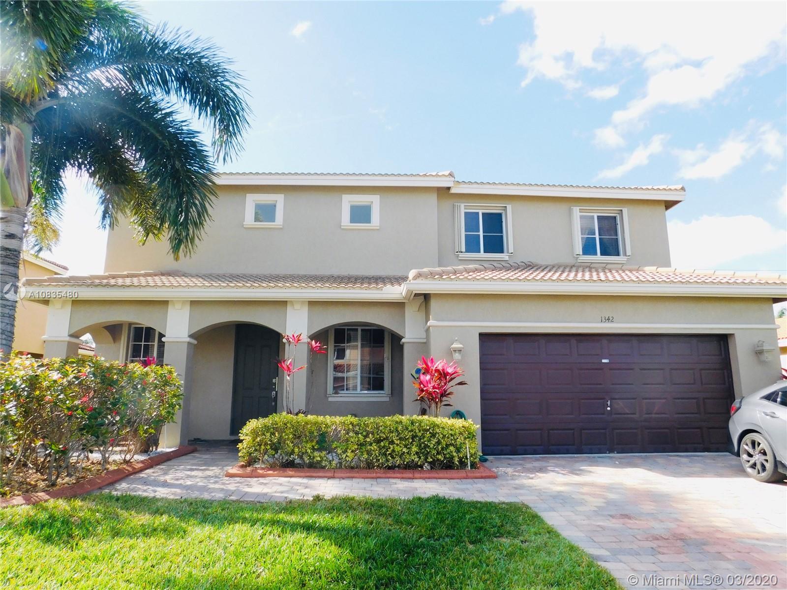 1342 NW 204th St, Miami Gardens, FL 33169