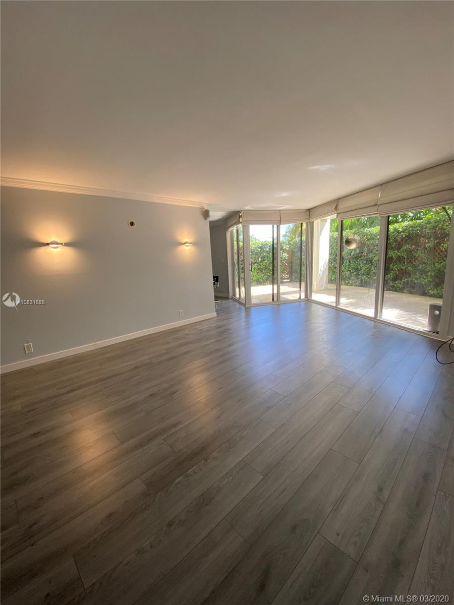 1000  Quayside Ter #306 For Sale A10831686, FL