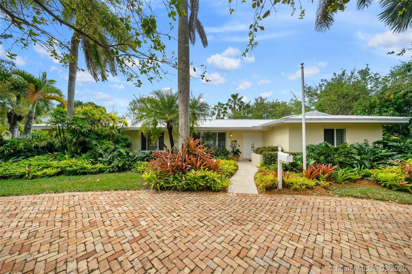 8500 SW 155th Ter  For Sale A10834711, FL