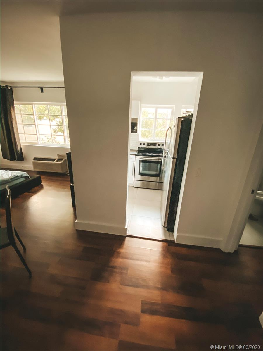 2843  Sheridan Ave #10 For Sale A10835826, FL