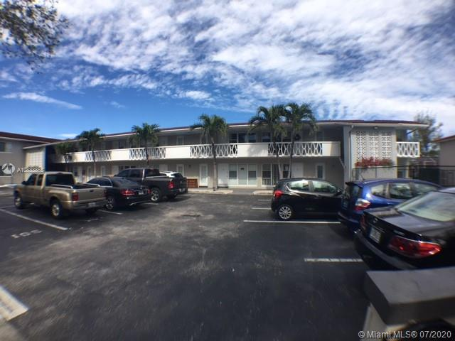 35  Edgewater Dr #107 For Sale A10833865, FL