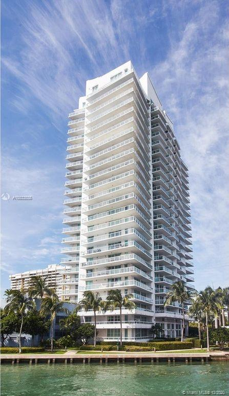 10  Venetian Way #604 For Sale A10833038, FL