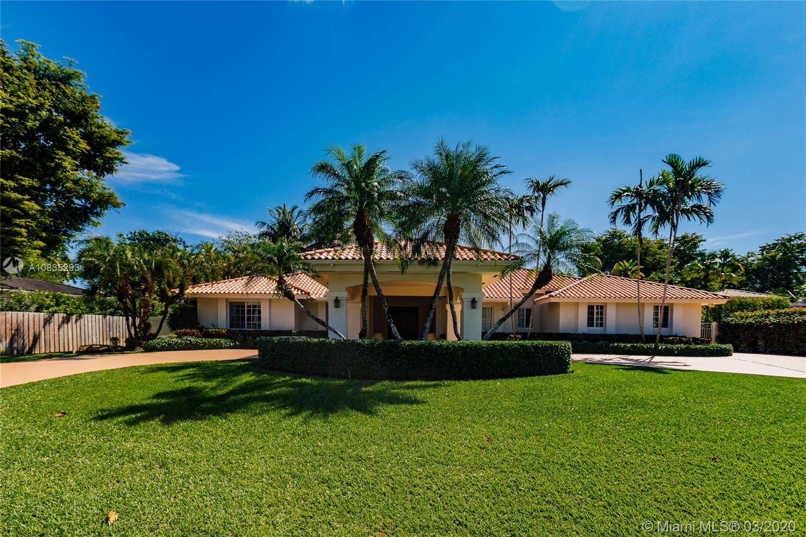 8771 SW 64th Ct  For Sale A10835293, FL
