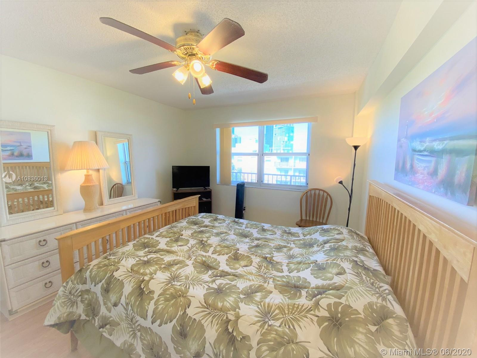 250  181st Dr #402 For Sale A10836013, FL