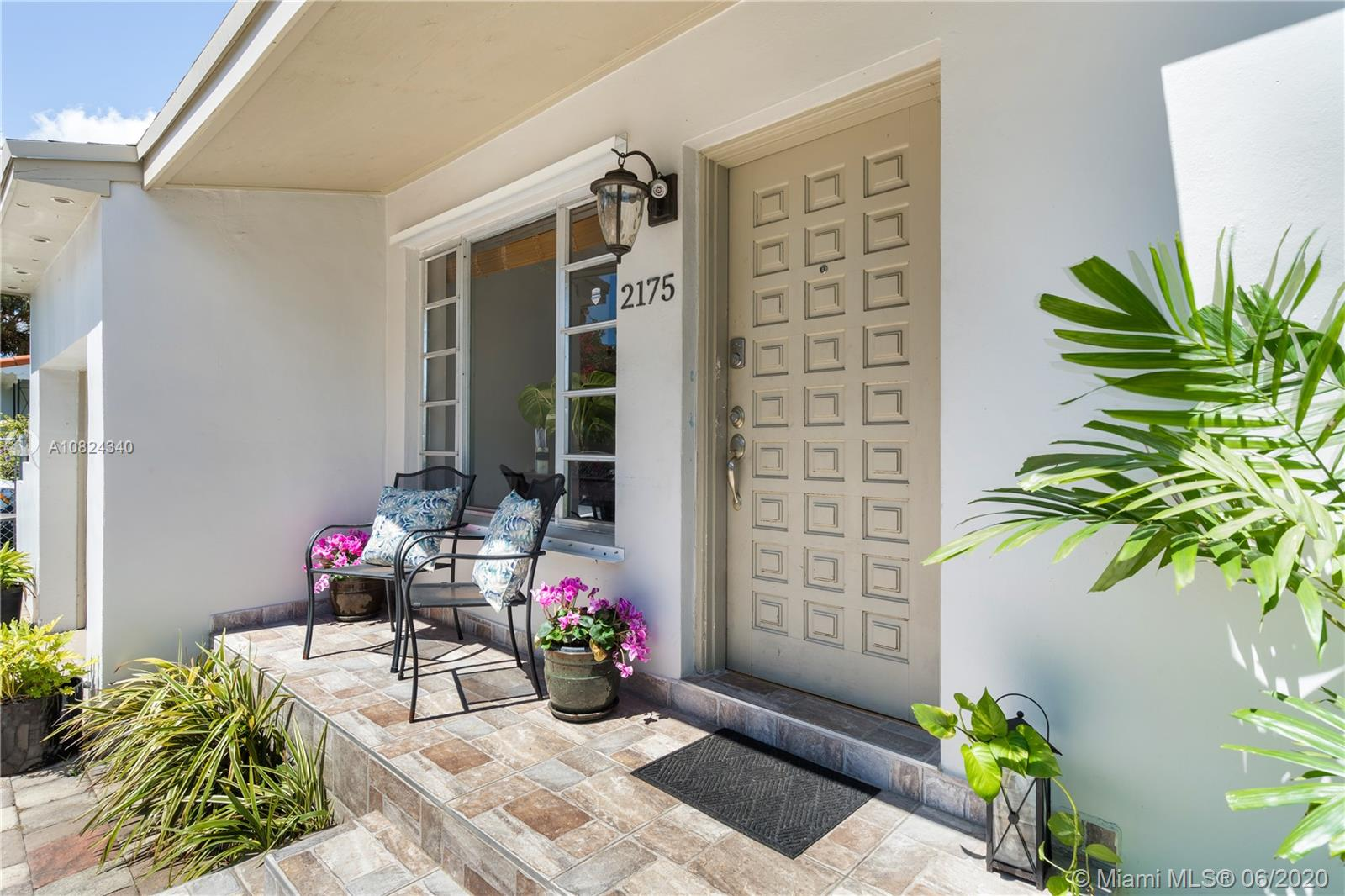 2175 SW 26th St  For Sale A10824340, FL