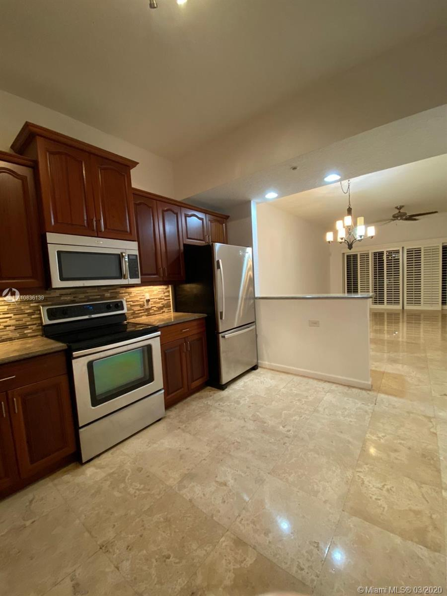 1640  Presidential Way #A-205 For Sale A10836139, FL