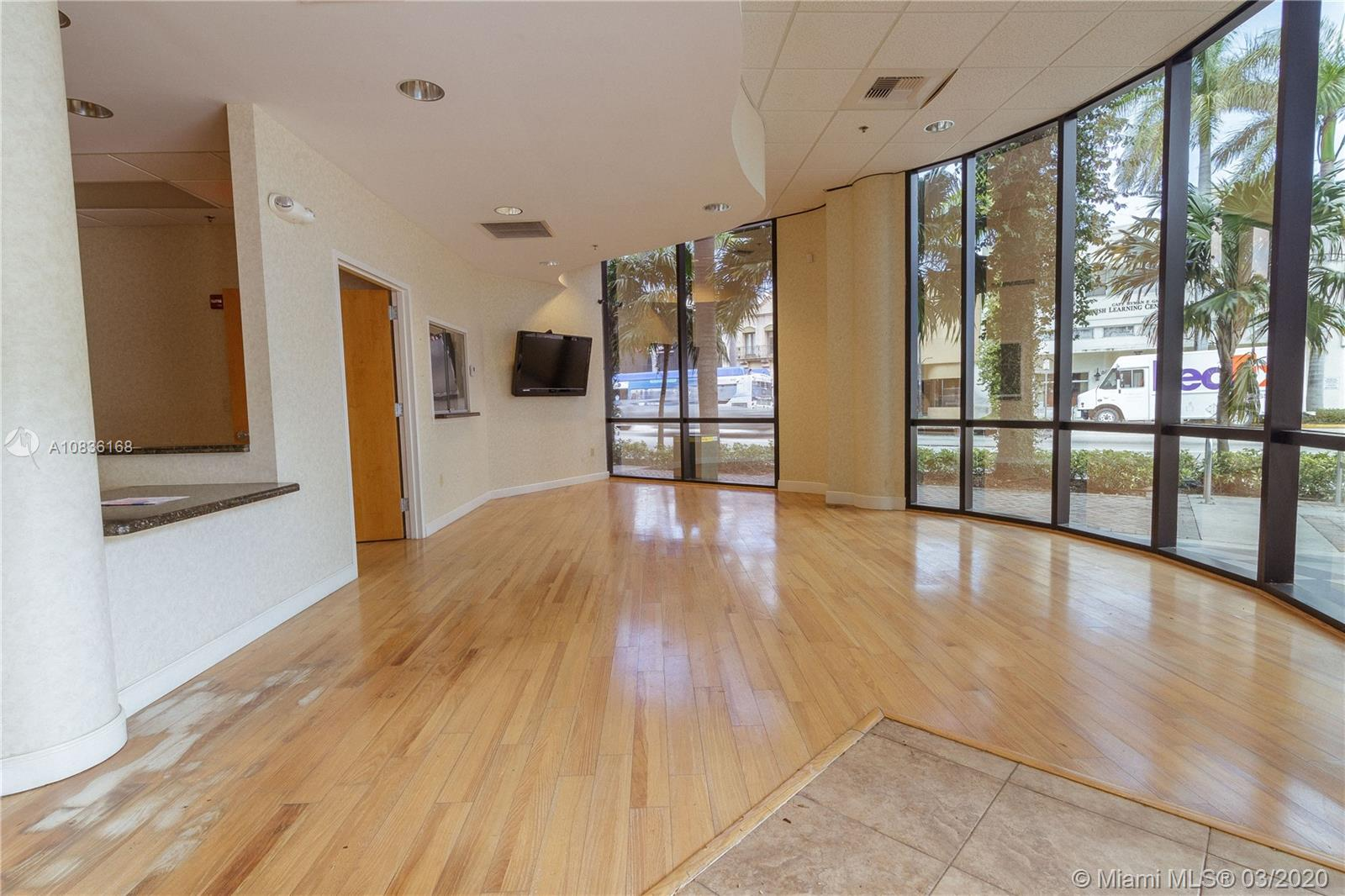 410 W 41st St #103A For Sale A10836168, FL