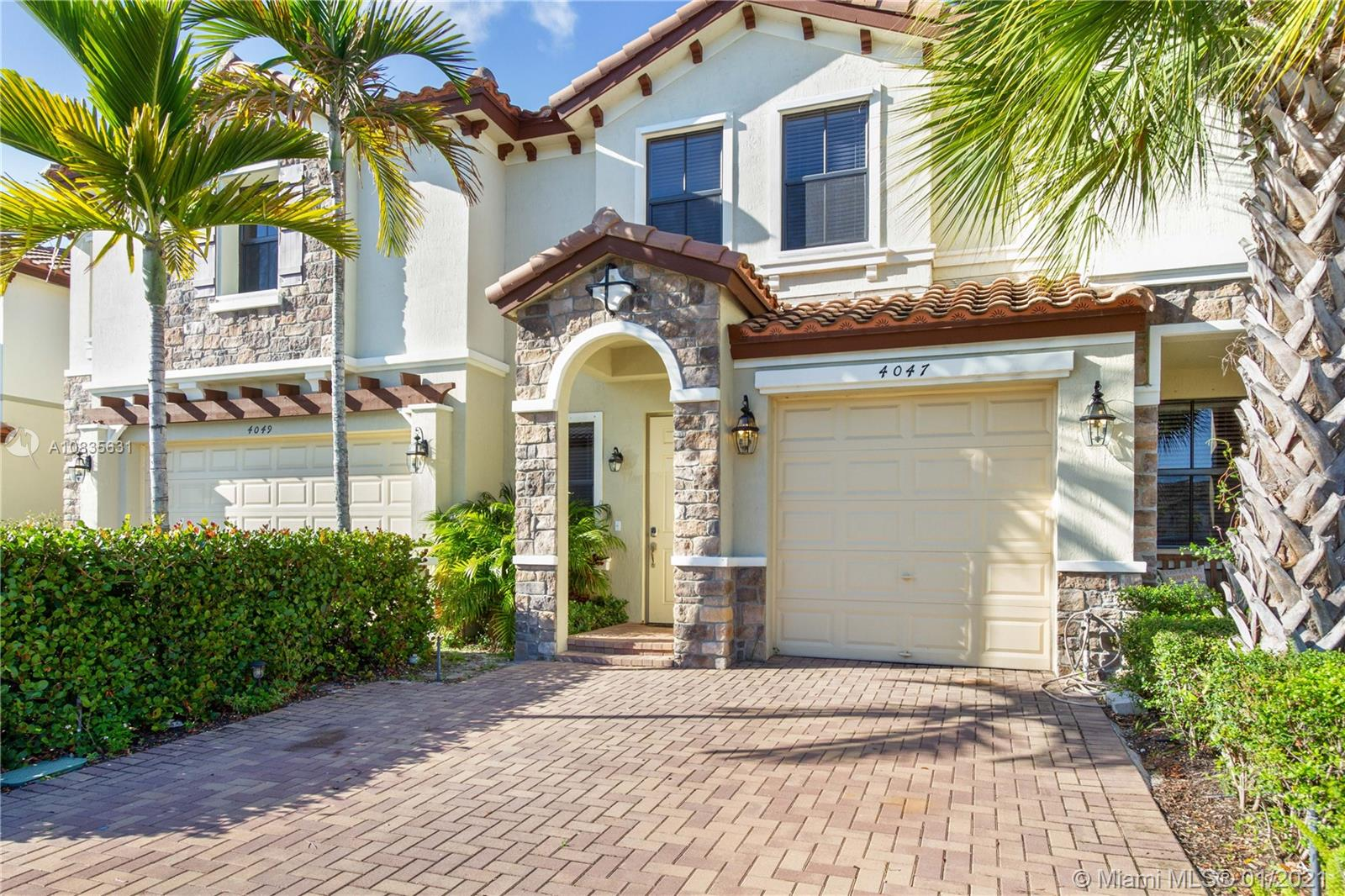 4047  Allerdale Pl  For Sale A10835631, FL