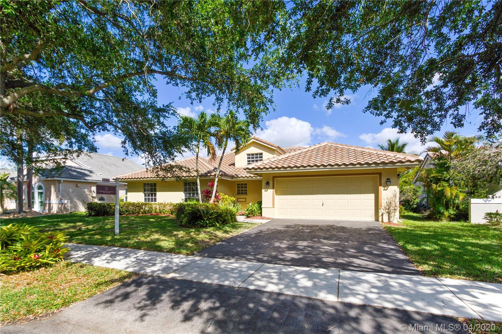 3562 W Southern Orchard Rd W  For Sale A10836244, FL