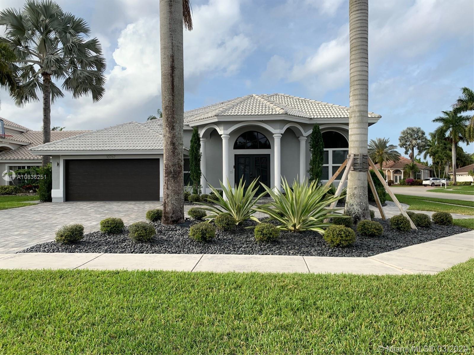10767 Queen Palm Ct, Boca Raton, FL 33498