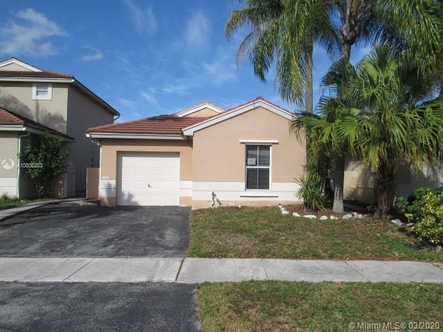 Beautiful home located in Dimensions North at Chapel Trail! This one story home features a spacious living room, formal dining room, updated kitchen with granite countertops, 3 bedrooms, 2 baths, split bedroom plan, walk-in-closet, family room, central air and utility room.  Much more! Won't last! This property may qualify for Seller Financing (Vendee)