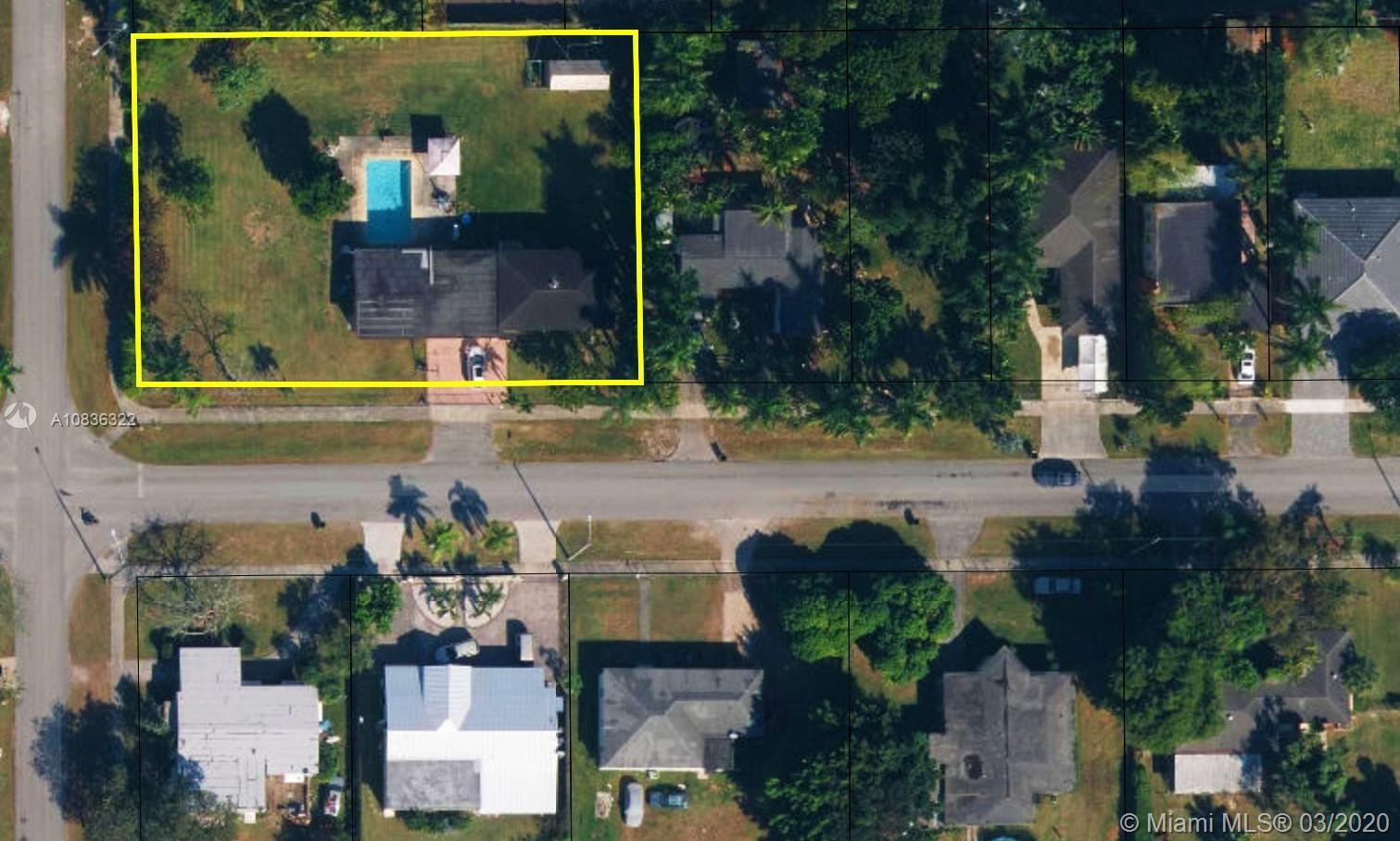 329 NW 13th St  For Sale A10836322, FL