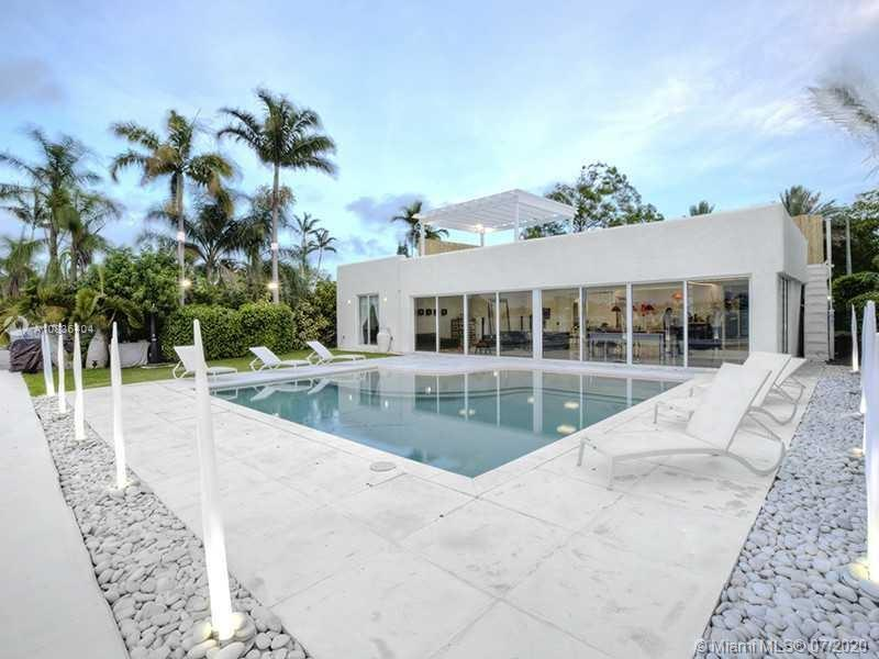 READ BROKERS REMARKS FOR SHOWINGS, THIS IS THE LAST OPPORTUNITY TO GET THIS OCEAN VIEW, OPEN BAY AND  PANORAMIC OCEAN VIEW,  GORGEOUS Ocean Access residence in Miami Beach on prestigious Biscayne Point New Construction Mykonos Greek Style Residence, 4 bedroom + Den with 5 bathrooms. Breathtaking sunrise and sunset views, pool, direct ocean front! dock with boat lift, and an inviting contemporary swimming pool overlooking the water, home offers a roof top observation deck with a 360 panoramic views, priced below market value as this is a distressed sale do not let this lifetime opportunity go by private showings only as per L.A research is a marketable title,L.A and Owner of Record not aware of any code violations report in process, OUT ORF TOWN CALL CALL AGENT.