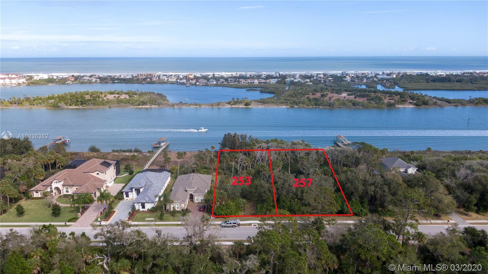 253 S Riverwalk Dr, Palm Coast, FL 32137