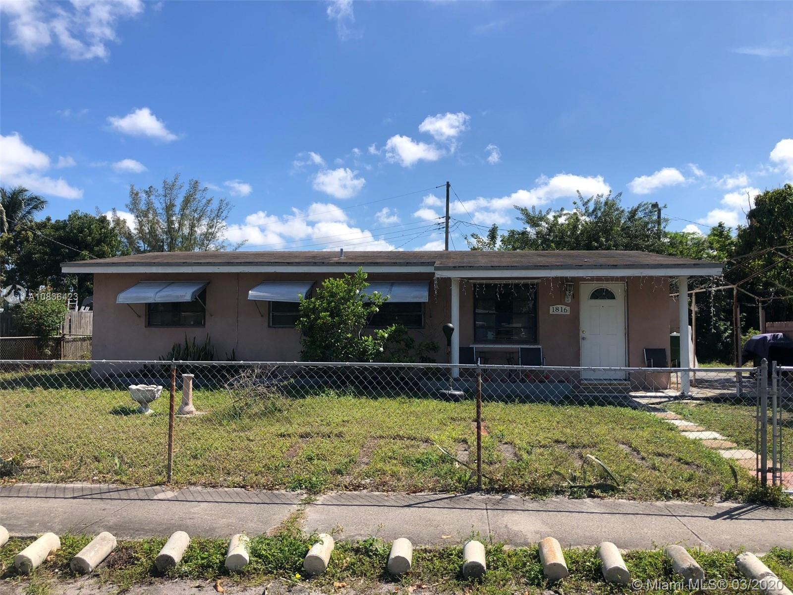 1816 NW 15th St  For Sale A10836423, FL