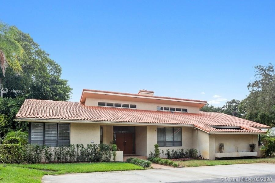 3310 SW 58th St  For Sale A10836505, FL