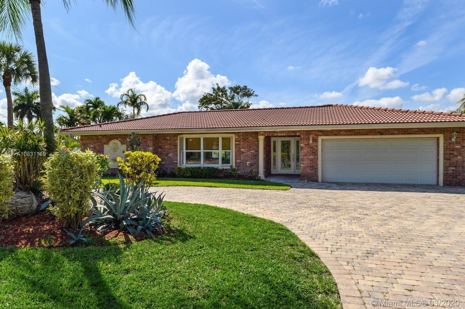 3701 NE 34th Ave  For Sale A10831189, FL