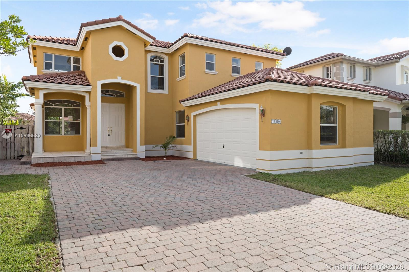 16502 SW 64th Ter  For Sale A10836629, FL