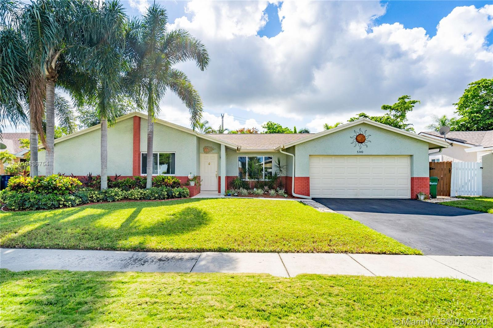 5340 NW 29th Ct, Margate, FL 33063