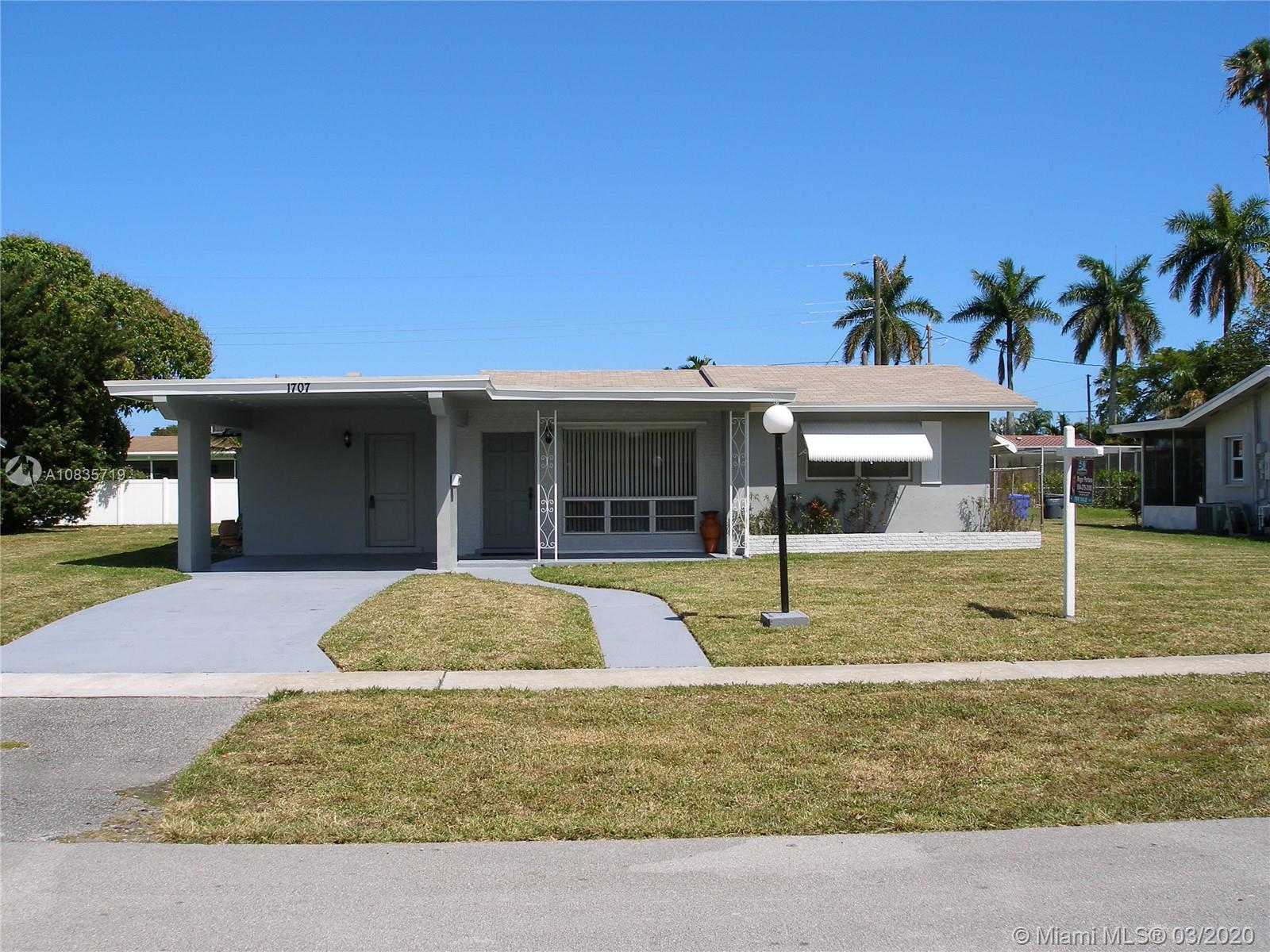 1707 N 45th Ave  For Sale A10835719, FL