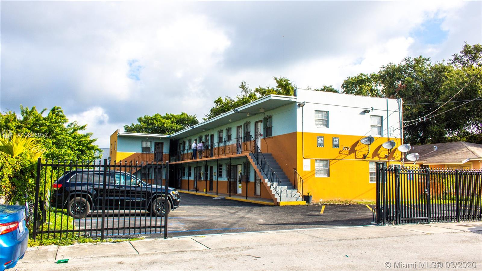 825 NW 70th St #2 For Sale A10836952, FL