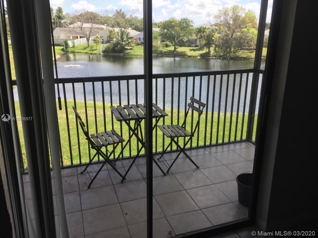 15702 E Waterside Cir #204 For Sale A10836977, FL