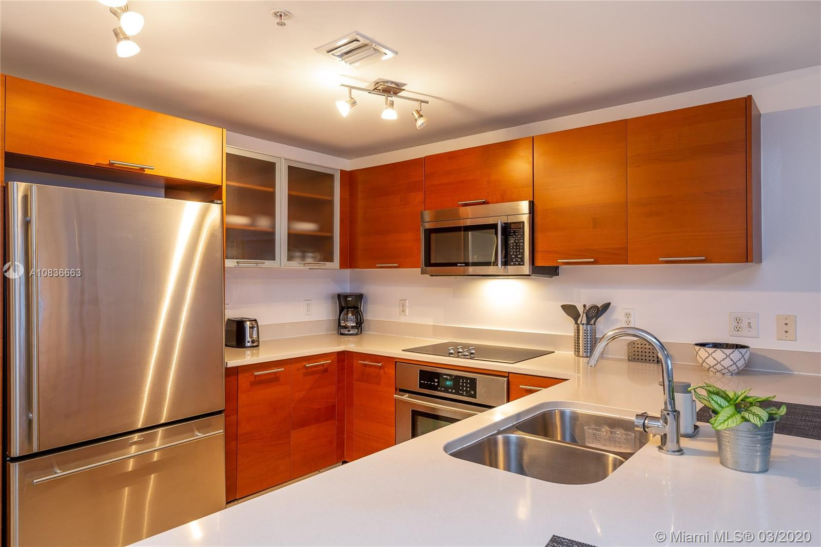3250 NE 1st Ave #607 For Sale A10836663, FL