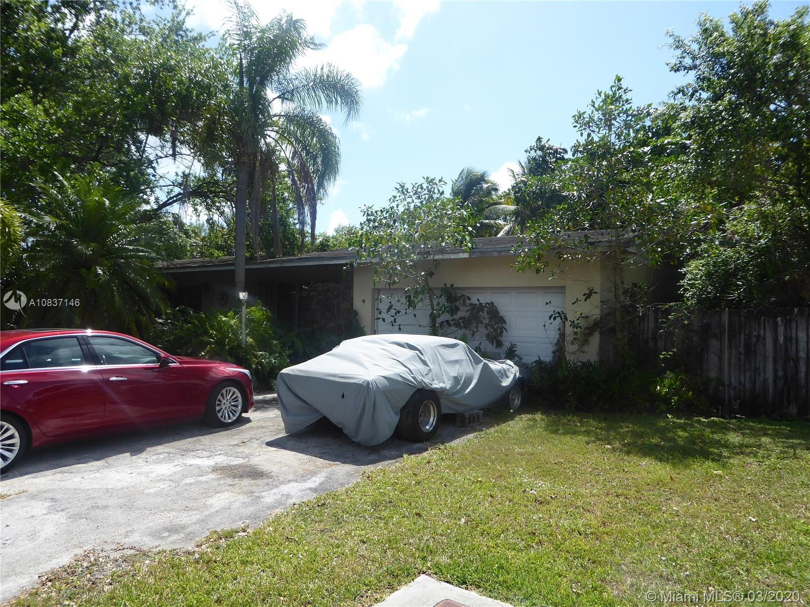 8620 SW 107th St  For Sale A10837146, FL
