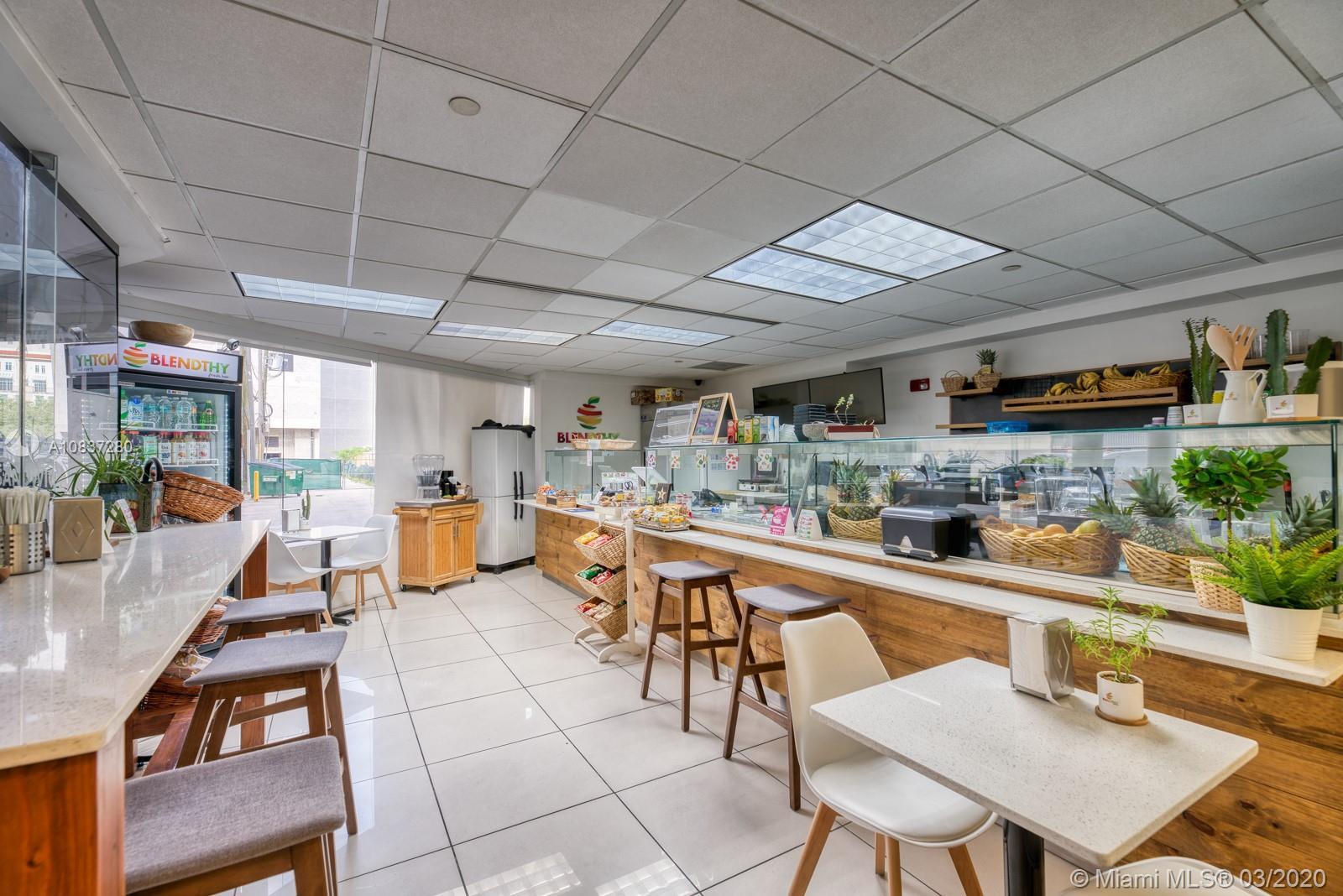 Cafe & Juice Bar For Sale  For Sale A10837280, FL