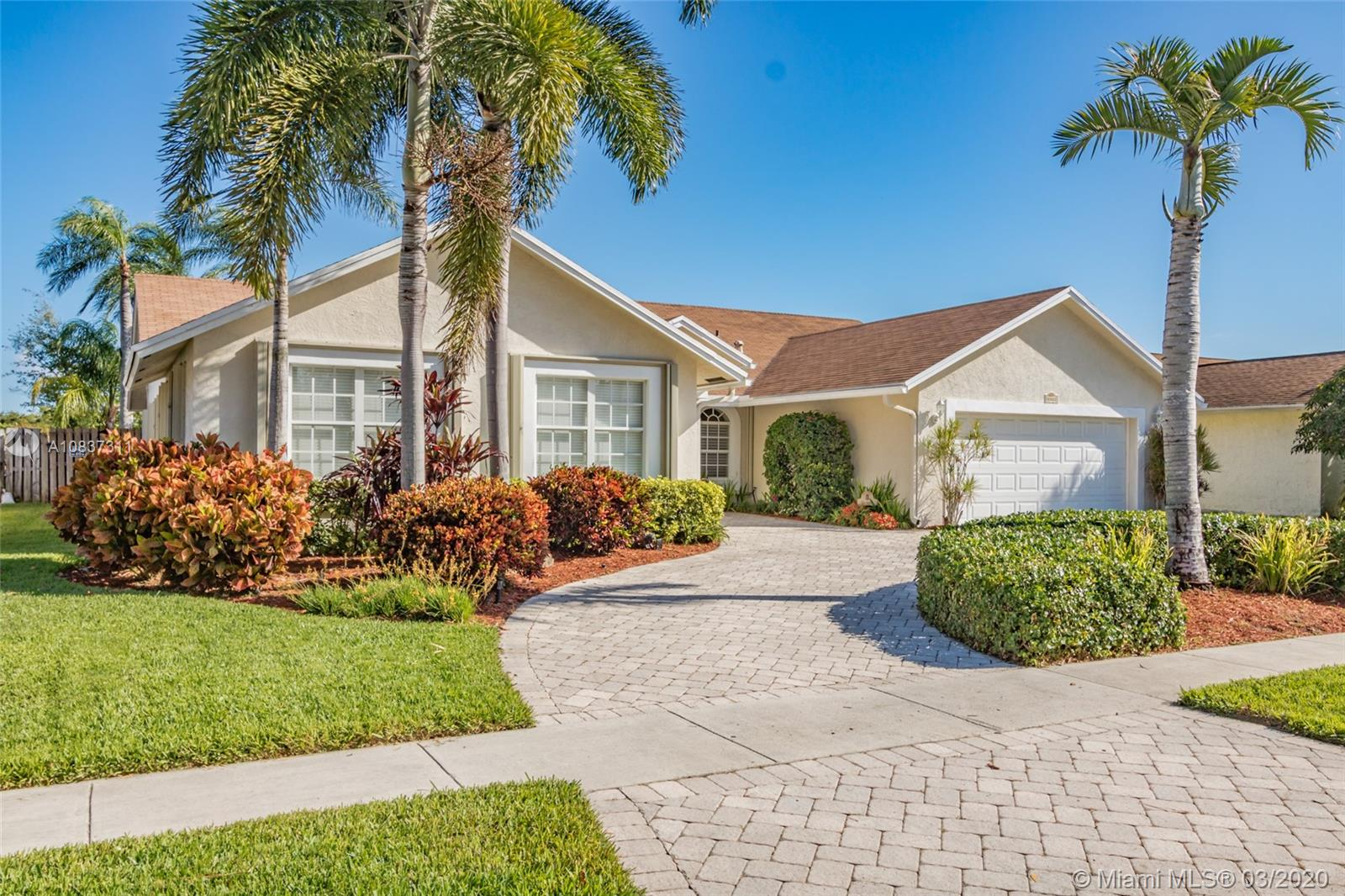 8321 SW 57th St  For Sale A10837311, FL