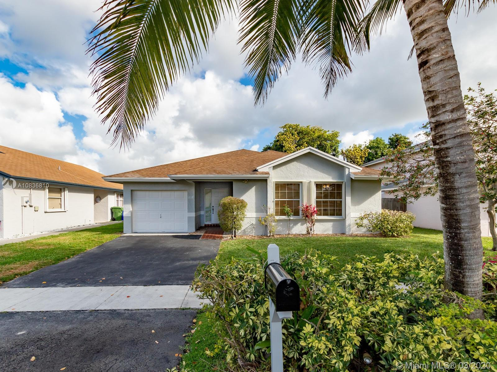 9951 SW 11th St  For Sale A10836810, FL