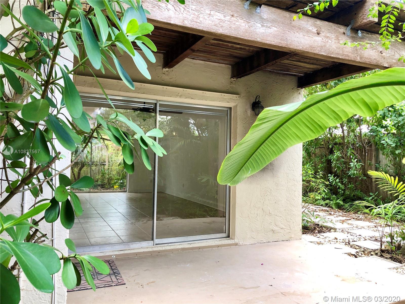 3231  Mcdonald St #1 For Sale A10837567, FL