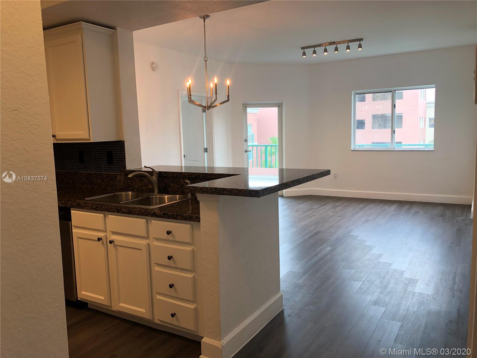 6001 SW 70th St #642 For Sale A10837574, FL