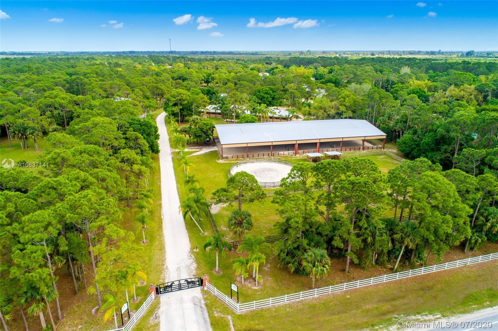 8251 SW Citrus Blvd, Palm City, FL 34990