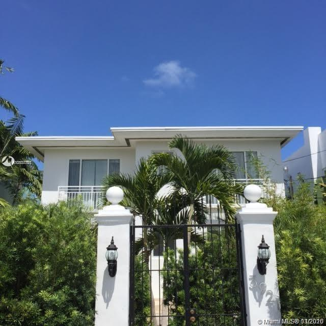 3921 N Meridian Ave  For Sale A10837701, FL