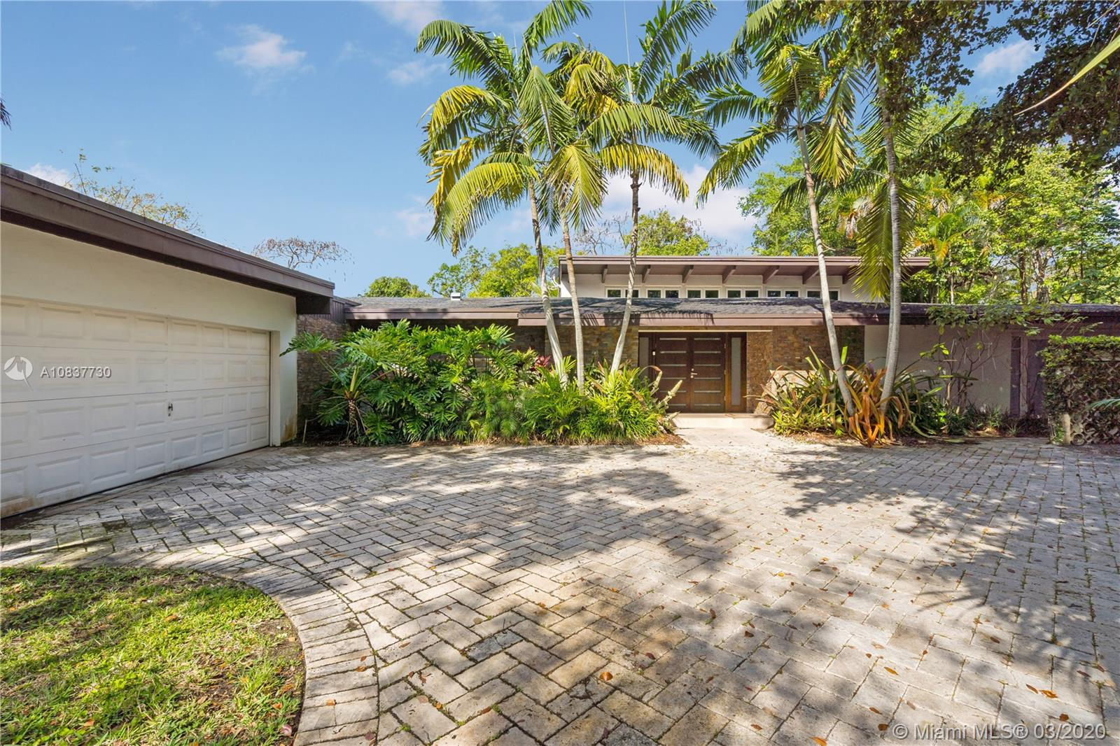 12508 SW 75th Ave  For Sale A10837730, FL