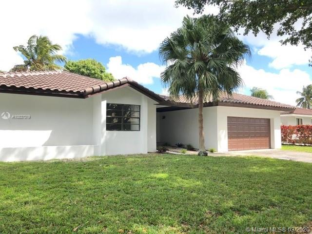 20029 NW 66th Pl, Hialeah, FL 33015