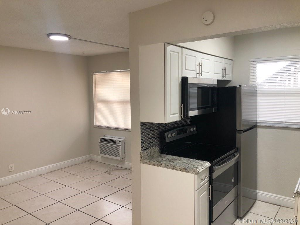 1101 N 22nd Ave #3 For Sale A10837777, FL