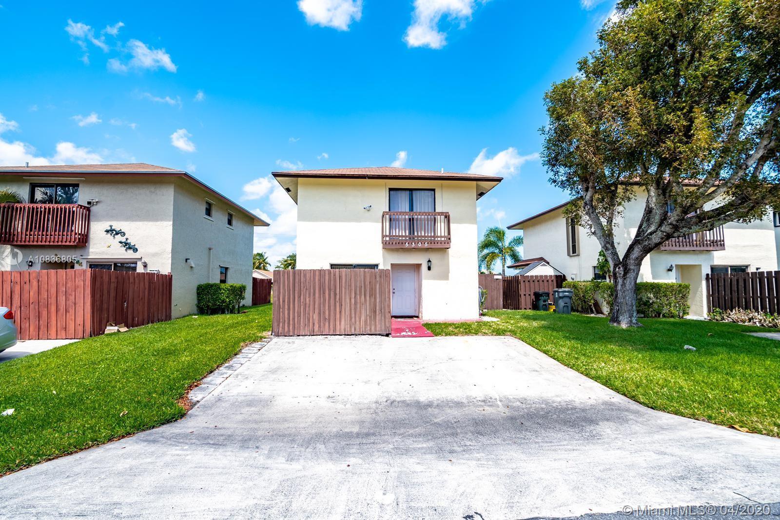 5305 Garden Hills Cir, West Palm Beach, FL 33415