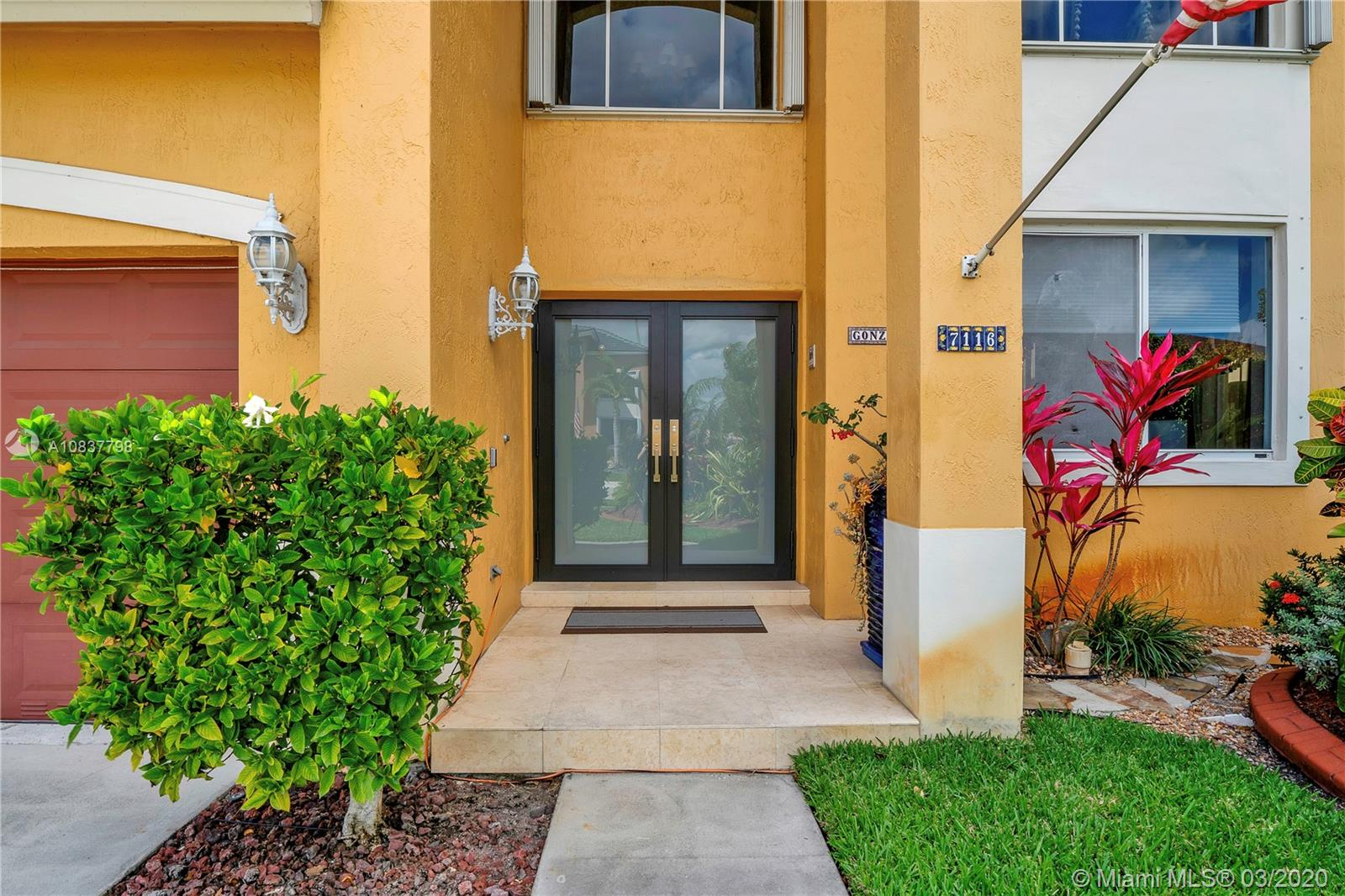 7116 SW 162nd Path  For Sale A10837798, FL
