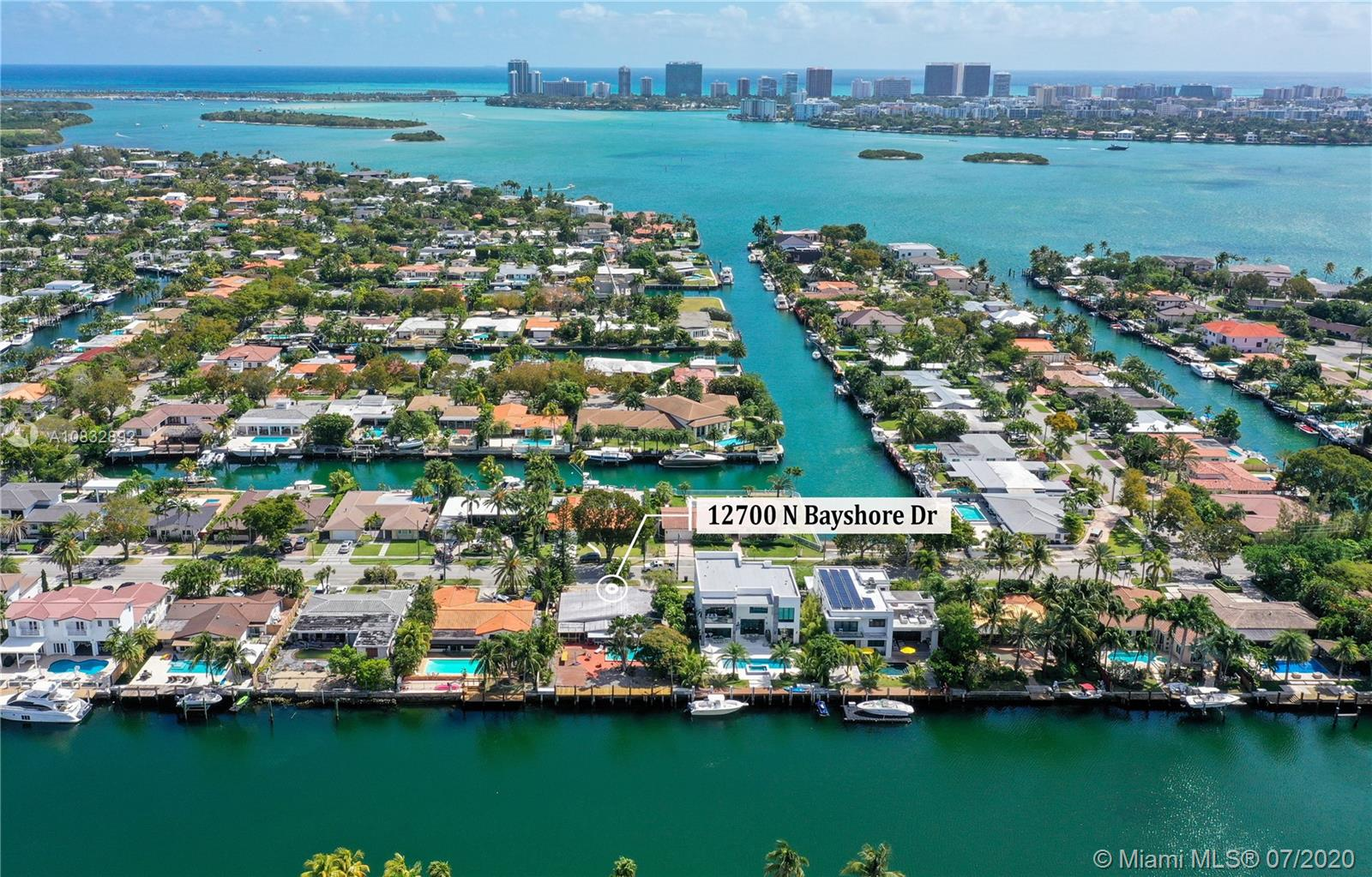 12700 N Bayshore Dr  For Sale A10832892, FL