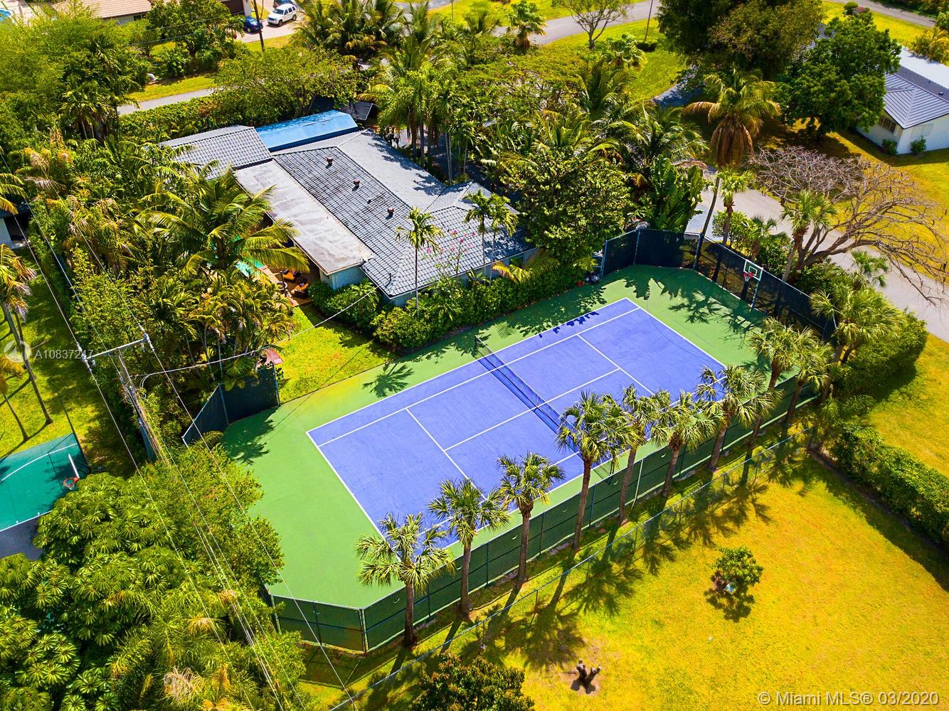 7905 SW 79th Ter  For Sale A10837247, FL