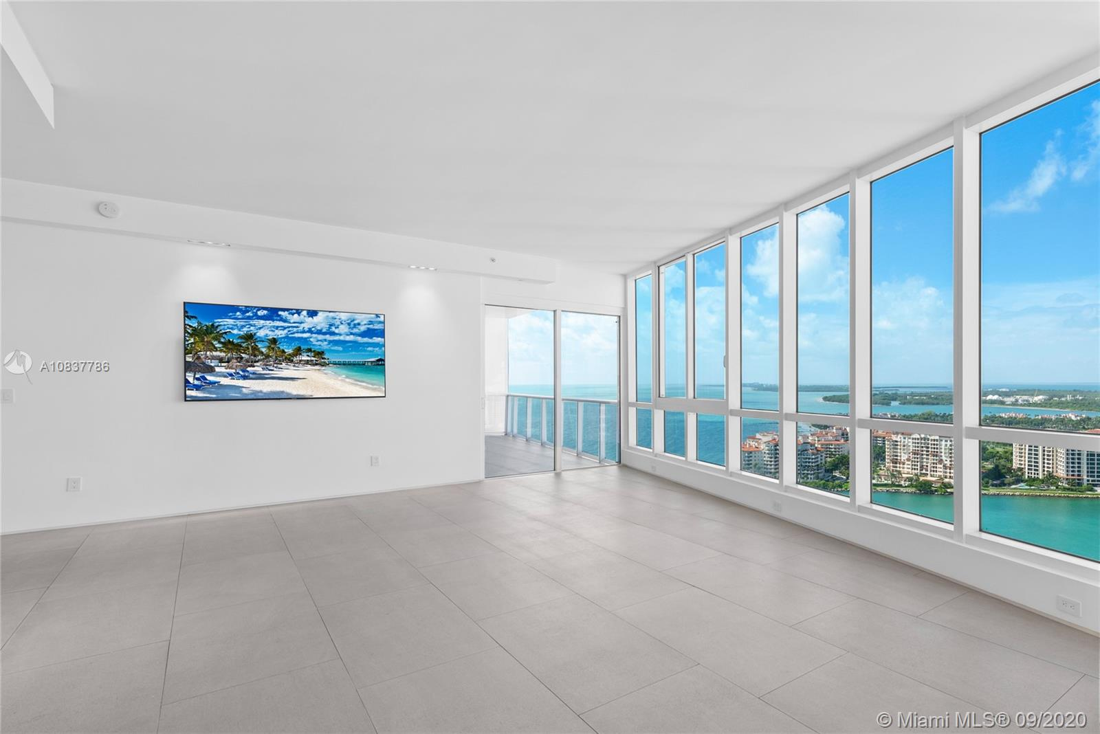 100 S Pointe Dr #2801/02 For Sale A10837786, FL
