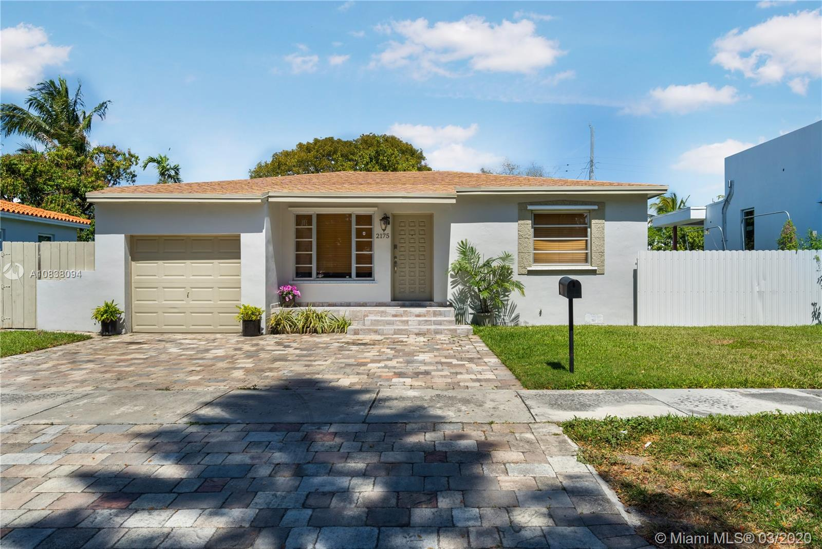 2175 SW 26th St  For Sale A10838094, FL