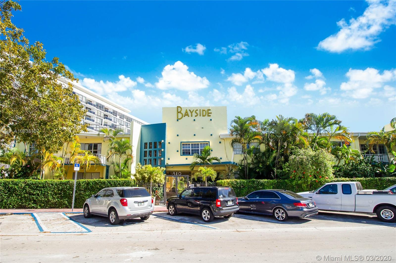 910  Bay Dr #21 For Sale A10838107, FL