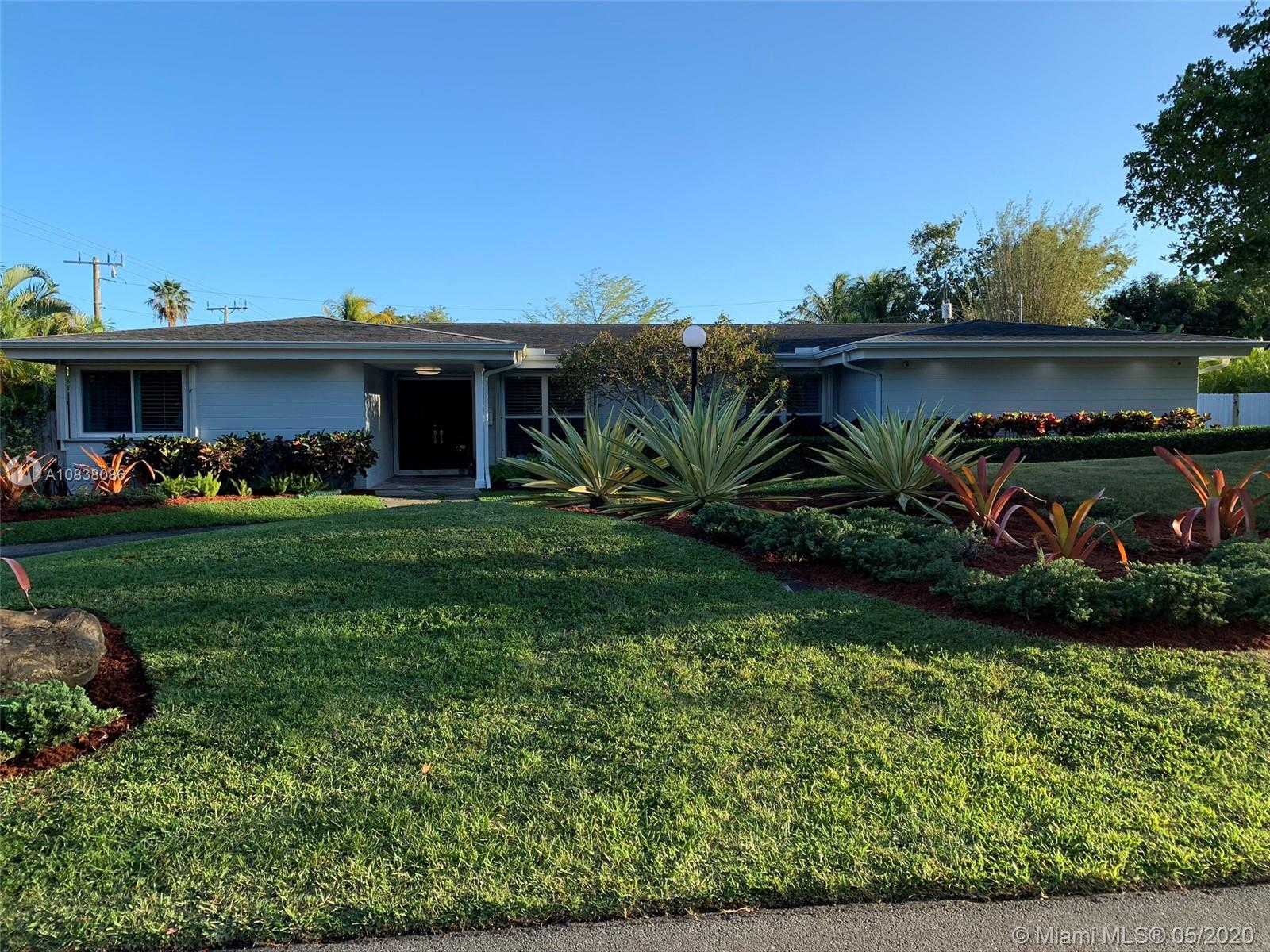 6700 SW 68th Ter  For Sale A10838086, FL